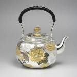 茶器 菊彫 湯沸 5寸 佐野宏彩 銀製品 高岡銅器